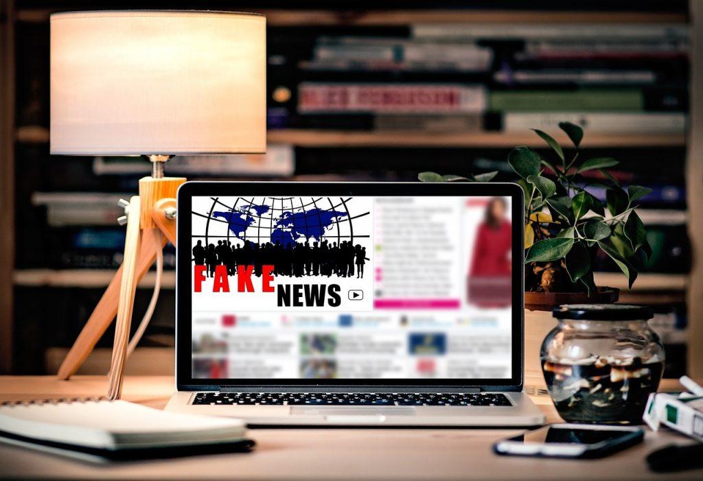Fake news - Une éducation au numérique doit s'opérer